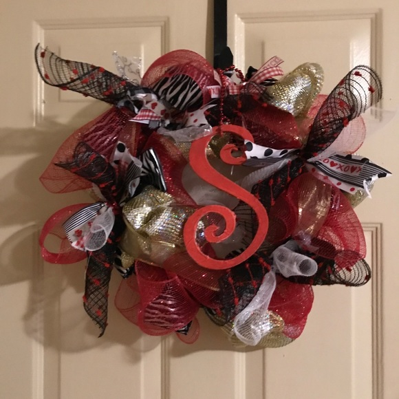 Door wreath- Valentines- with any initial